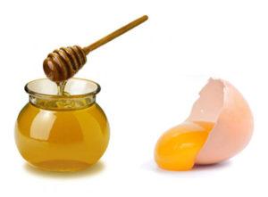 Trị nám hiệu quả bằng trứng gà mặt ong