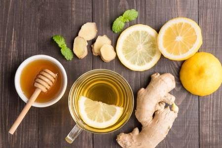 Bài thuốc đông y trị đau dạ dày bằng gừng chanh mật ong