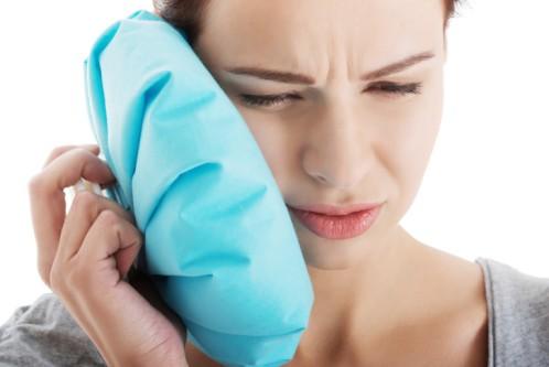 Chữa đau răng cho mẹ sau sinh bằng mẹo vặt